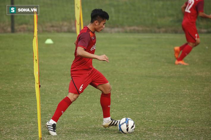 HLV Park Hang-seo đăm chiêu trước chấn thương dai dẳng của Vua phá lưới nội V.League 2018 - Ảnh 3.