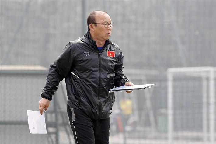 HLV Park Hang-seo sớm nói lời chia tay 3 tuyển thủ - Ảnh 1.