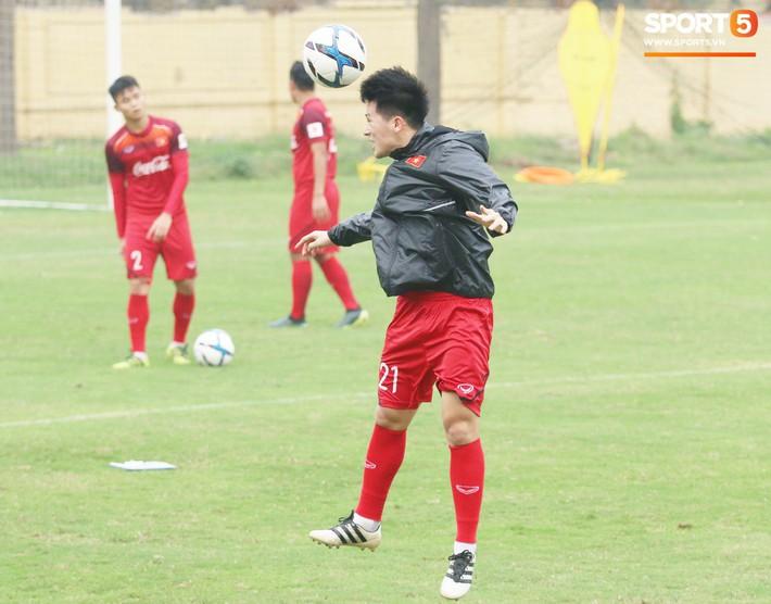 Đình Trọng được thầy Lee Young-jin bổ túc riêng, đẩy nhanh quá trình giảm cân - Ảnh 3.