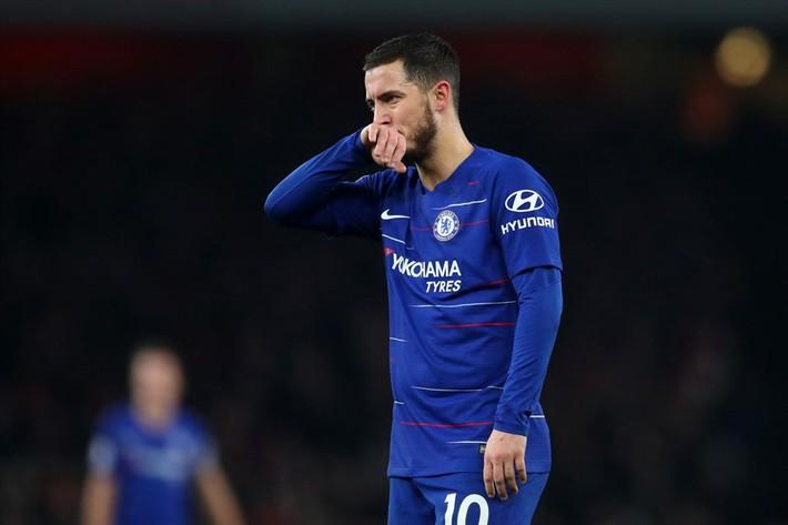 Ngày Sarri không còn được hút thuốc ở Stamford Bridge đang cận kề - Ảnh 1.