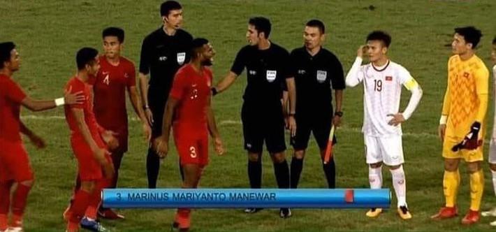 Hết khiêu khích lại đánh lén U23 Việt Nam, cầu thủ Indonesia nhận thẻ đỏ xứng đáng - Ảnh 6.