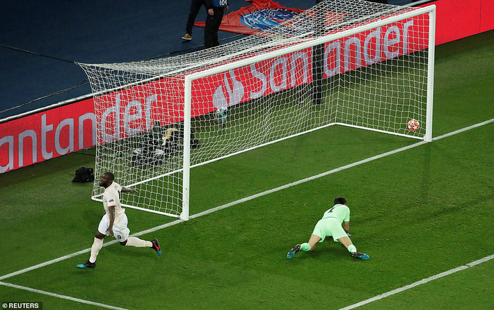 Tái hiện kỳ tích của Sir Alex, Man United quật ngã PSG theo kịch bản ngoạn mục nhất - Ảnh 4.
