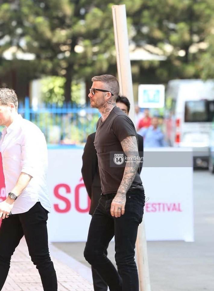 Cuối cùng David Beckham đã xuất hiện tại sự kiện ở TP.HCM: Ngôi sao quốc tế chuẩn bị gặp gỡ 2 cầu thủ Việt đình đám - Ảnh 5.