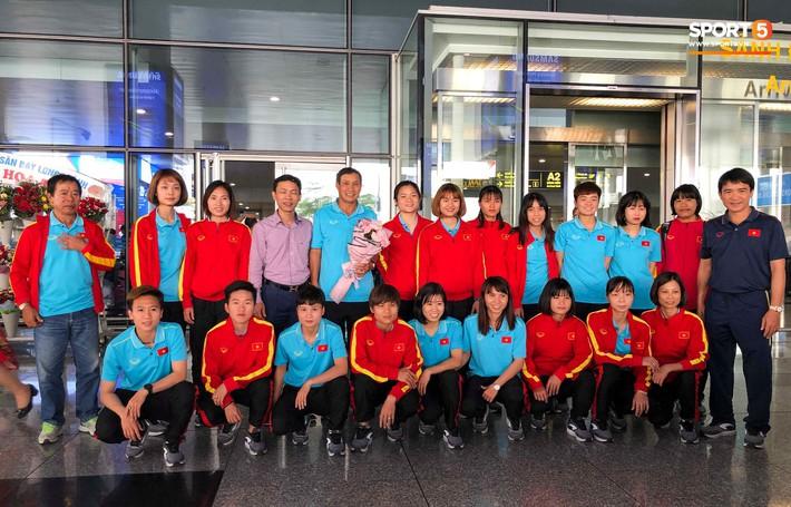 HLV Mai Đức Chung: Đội tuyển nữ Việt Nam lọt vào top 8 đội mạnh nhất Châu Á là thành tích đáng tự hào - Ảnh 1.
