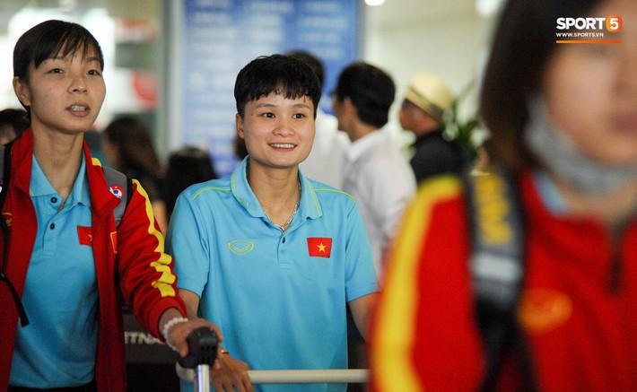 HLV Mai Đức Chung: Đội tuyển nữ Việt Nam lọt vào top 8 đội mạnh nhất Châu Á là thành tích đáng tự hào - Ảnh 2.