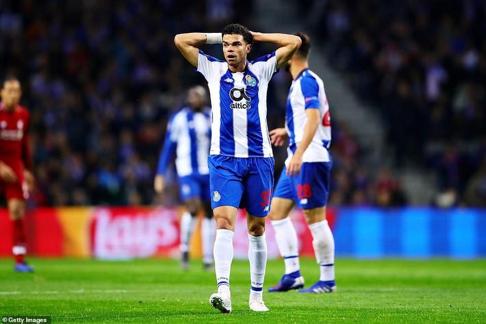 Nhấn chìm Porto trong mưa bàn thắng, Liverpool hiên ngang thách thức Barcelona - Ảnh 1.