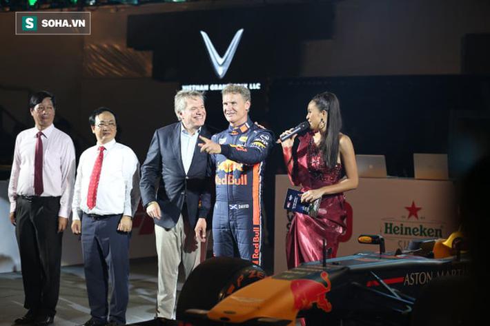 Box TV TRỰC TIẾP Khởi động F1 Việt Nam GP 2020: Quái thú F1 quẩy tung đường đua thử - Ảnh 4.