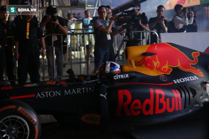 Box TV TRỰC TIẾP Khởi động F1 Việt Nam GP 2020: Quái thú F1 quẩy tung đường đua thử - Ảnh 5.