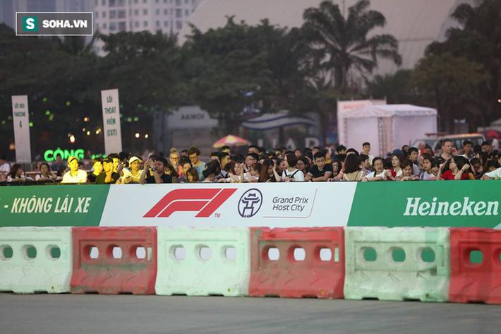 Box TV TRỰC TIẾP Khởi động F1 Việt Nam GP 2020: Quái thú F1 quẩy tung đường đua thử - Ảnh 12.