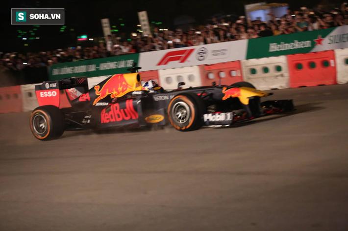 Box TV TRỰC TIẾP Khởi động F1 Việt Nam GP 2020: Quái thú F1 quẩy tung đường đua thử - Ảnh 7.