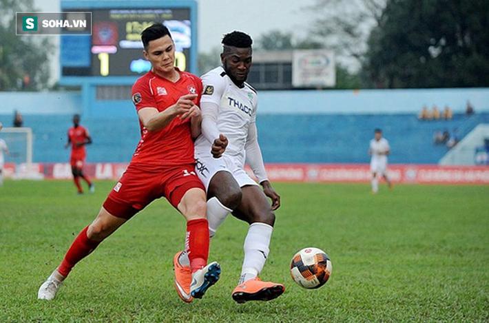 3 cầu thủ HLV Park Hang-seo có thể gọi lên ĐT Việt Nam thay Duy Mạnh - Ảnh 2.