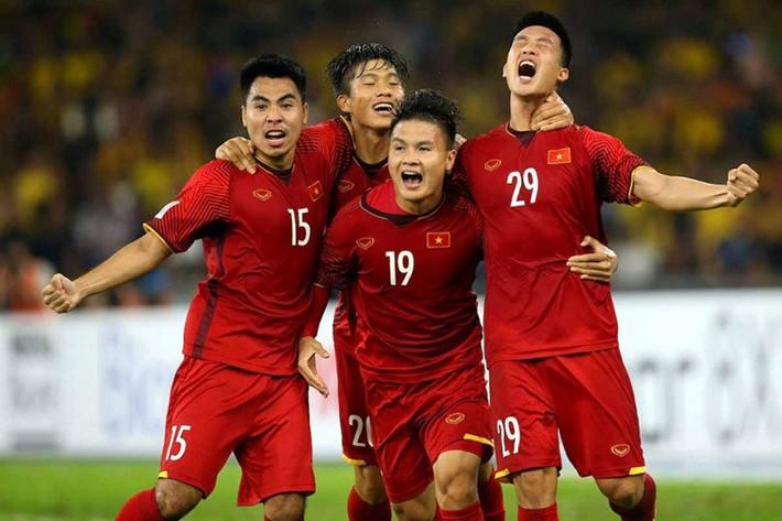 Tuyển Việt Nam dự Kings Cup: Bất ngờ với Công Phượng, Xuân Trường - Ảnh 3.