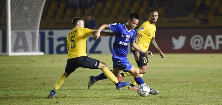 VFF thưởng nóng hai đội bóng Việt Nam vào bán kết AFC Cup - Ảnh 1.