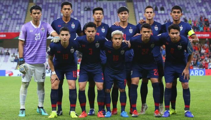 Chuyên gia quốc tế: Đa số CĐV Thái Lan không quan tâm tuyển Việt Nam - Ảnh 1.