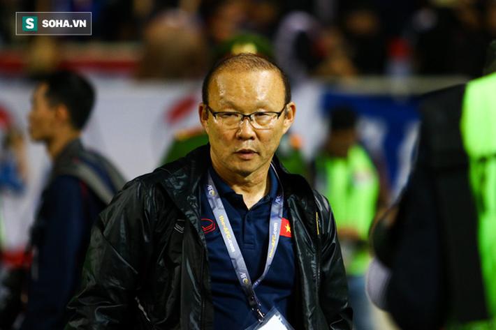 BLV Quang Huy: Đừng chỉ trích khi HLV Park Hang-seo cũng có nỗi khổ riêng - Ảnh 1.