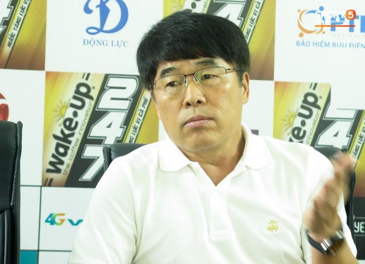 HLV Viettel băn khoăn trong việc sử dụng Quế Ngọc Hải đối đầu đội bóng cũ SLNA - Ảnh 1.