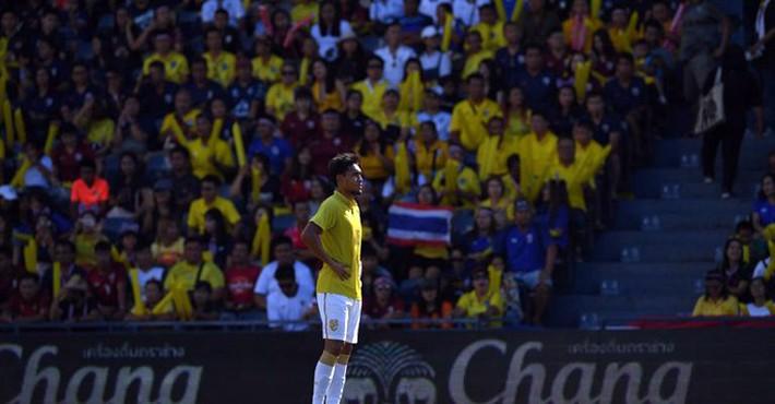 Thủ quân tuyển Thái Lan thất vọng về trận cầu đặc biệt của mình tại Kings Cup 2019 - Ảnh 2.