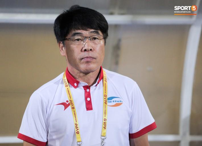 Vừa về Việt Nam, Quế Ngọc Hải, Tiến Dũng nhận tin không vui về trước vòng 13 V.League 2019 - Ảnh 1.