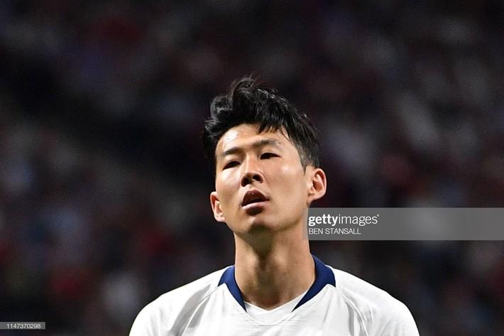Son Heung-min cùng đồng đội bật khóc nức nở, thất thểu lê bước sau thất bại tại trận đấu quan trọng nhất sự nghiệp - Ảnh 5.