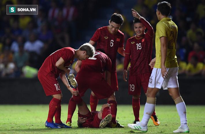 Sau chiến thắng ở Kings Cup, Văn Lâm - Xuân Trường sẽ đảo chiều bóng đá Thái Lan? - Ảnh 1.