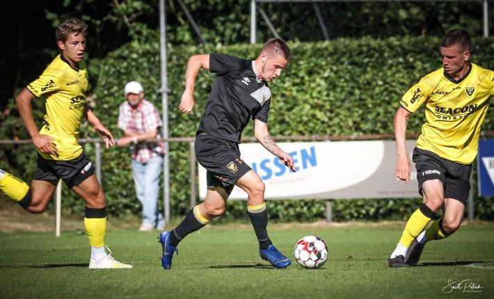 Đội bóng Bỉ chào đón Công Phượng bằng cuộc rượt đuổi tỉ số nghẹt thở - Ảnh 1.