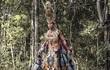 Trang phục dân tộc của Ngọc Tình tại cuộc thi Nam vương