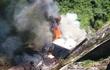 Tài xế chết cháy thương tâm trong cabin xe sau khi lật nhào xuống vực