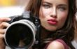 Hai thiên thần nội y Victoria's Secret nhập vai phóng viên tại Olympic Rio