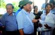 Bộ trưởng thăm nông dân chèo thuyền cứu 15 người trong lũ