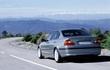 Triệu hồi 1.345 xe BMW Series 3 do lỗi túi khí