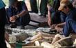 Bắt 2 containerngà voi giấu trong gỗ, trị giá hơn 20 tỉ đồng