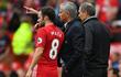Mata mong hợp đồng mới, Mourinho làm ngơ