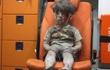 """Tổng thống Assad tuyên bố bức ảnh chấn động """"cậu bé Syrian vô hồn"""" là giả"""