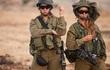 """[ẢNH] """"Bóng hồng sa mạc"""" trong Quân đội Israel"""