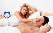 """Nếu bạn đã quá khổ sở vì ngủ ngáy, hãy thử 10 giải pháp tuyệt vời này để """"giải thoát"""""""