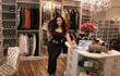 """Choáng ngợp trước căn phòng xa hoa của blogger """"hot"""" nhất Dubai"""