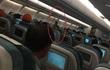 Hình ảnh phản cảm của người đàn ông trên chuyến bay của VNA