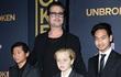 Tiết lộ bản thỏa thuận quyền nuôi con khắt khe của Angelina Jolie và Brad Pitt
