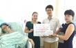 Trần tình của người có 'nụ cười tươi' khi trao quà từ thiện