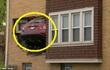 Hy hữu: Ô tô bay qua cửa sổ, đâm vào phòng khách nhà dân