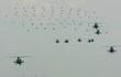 Trung Quốc rầm rộ phô trương sức mạnh phi đội trực thăng sau tai nạn của WZ-10