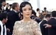 Lý Nhã Kỳ mặc váy tinh xảo, thu hút sự chú ý trên thảm đỏ Cannes