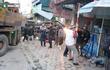 Nghệ An: Xe tải tông sập cửa hàng kinh doanh, tài xế mắc kẹt trong ca bin