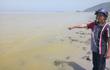 Dải nước màu vàng xuất hiện ở biển Lăng Cô, không có cá tôm bơi quanh