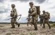 Cảnh báo quân đội Mỹ khủng hoảng trên tất cả các mặt trận