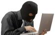 Tội phạm bị truy nã đòi có 1.000 lượt chia sẻ trên Facebook mới chịu đầu thú