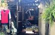 TP HCM: Huy động 10 xe chuyên dụng dập lửa vụ cháy nhà trong khu dân cư