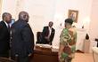 Linh mục tiết lộ chuyện thuyết phục cựu Tổng thống Zimbabwe Mugabe từ chức