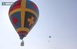 Chùm ảnh: Khinh khí cầu khổng lồ bay lượn trên bầu trời Đà Nẵng