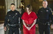 Bị bắt vì dìm chết 2 con trai, bà mẹ khai từng cán xe qua người con 3 lần